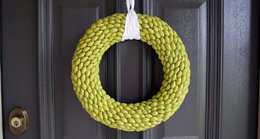 Acorn Wreaths Modern Home
