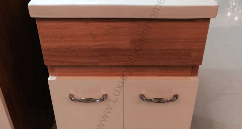 Alexander Small Laundry Utility Sink
