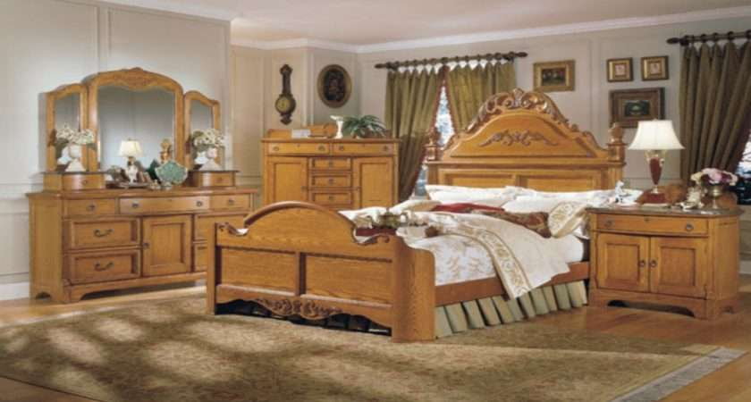 Antique Looking Bedroom Furniture Country Style