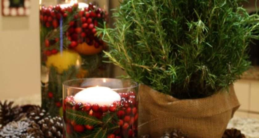 Apartments Simple Natural Christmas Table Decoration