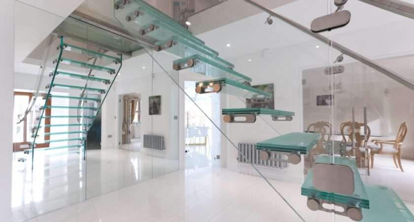 Ash Glass Balustrade Feature Staircase