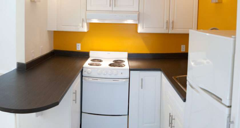 Avanti Compact Kitchen Design Opening Small Space