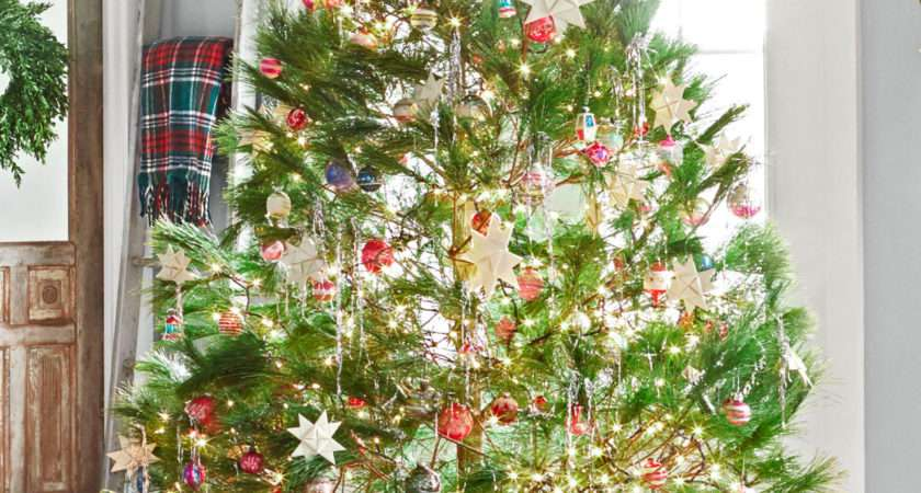 Awesome Christmas Tree Decorating Ideas Designmaz