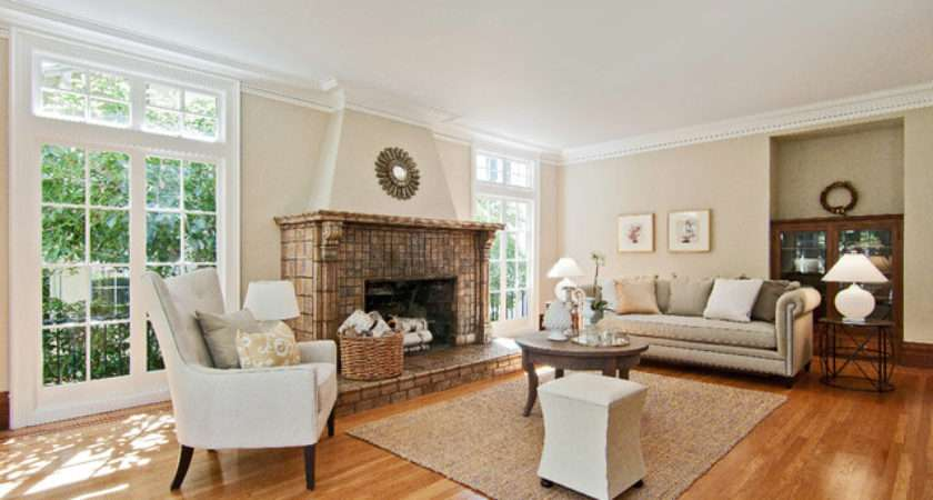 Beautiful Staging Traditional Living Room San