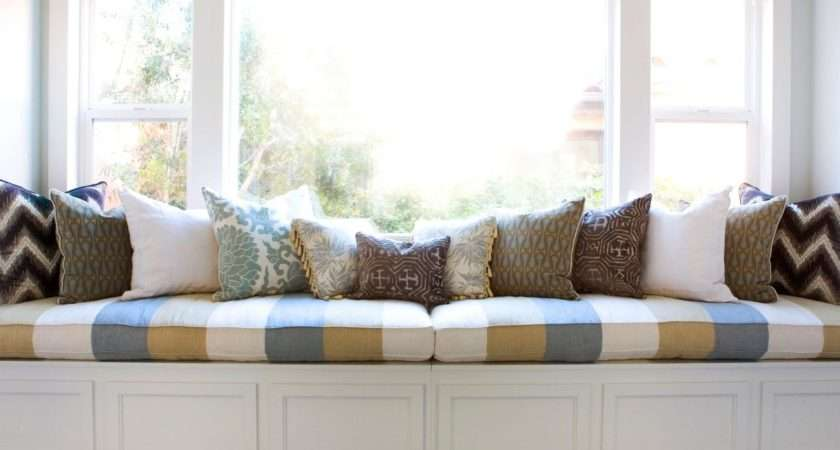 Bedroom Window Seat Decorative Pillows Provides