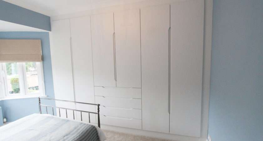 Bespoke Fitted White Wardrobes Contemporary Bedroom