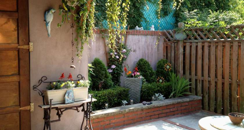 Big Ideas Decorating Small Outdoor Spaces Bombay