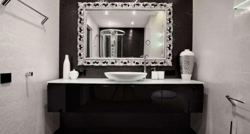 Black White Bathroom Decor