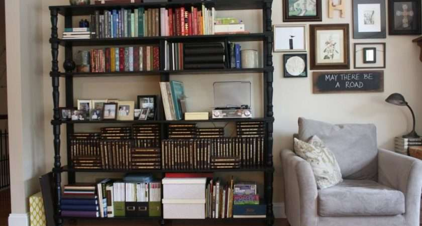 Brilliant Bookshelf Ideas Enhance Your Bedroom Look