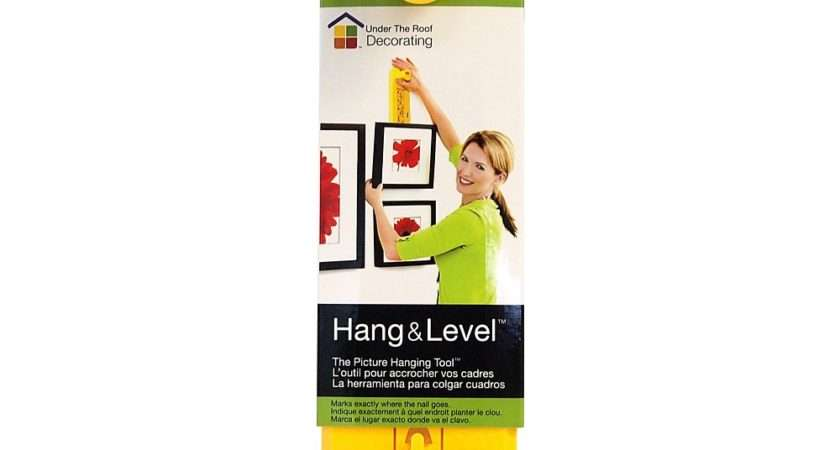 Briscoes Hang Level Hanging Tool Yellow