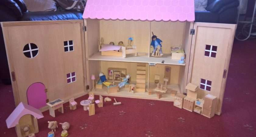 Childrens Toy Wooden Doll House Furniture Figures Ebay