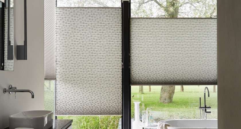 Choose Perfect Bathroom Blinds