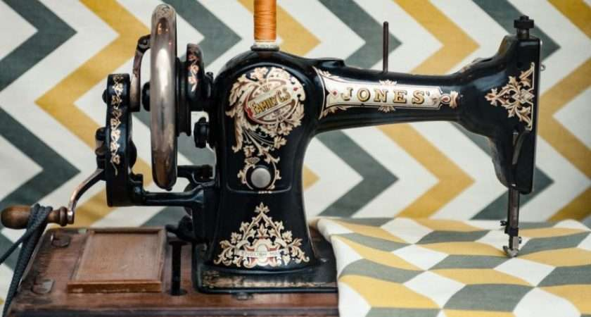 Choose Your First Sewing Machine Beginners Guide