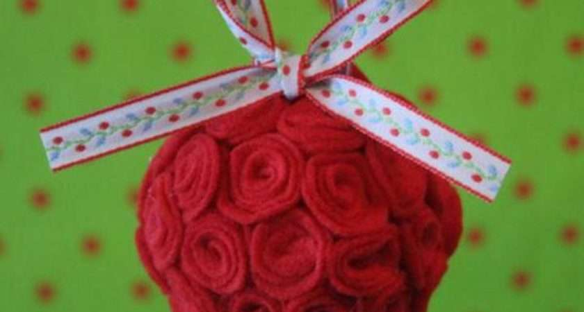 Christmas Craft Make Your Own Ornament