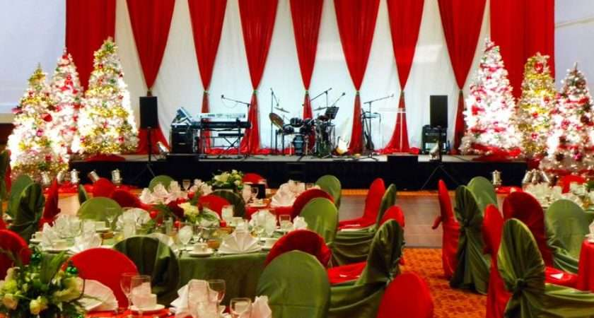 Classic Red Green Christmas Stage Decor