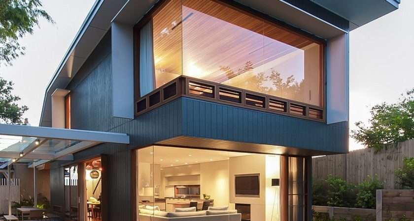 Coogee House Sydney Featuring Lovely Glass Roofed Pergola