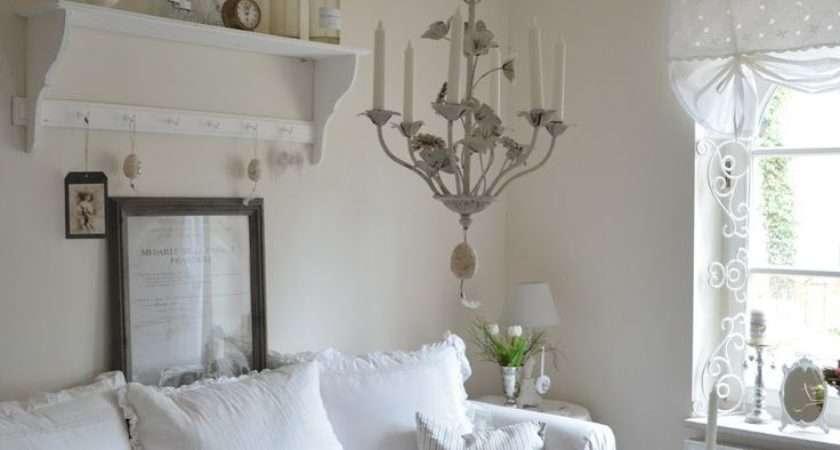 Cool Shabby Chic Style Living Room Design