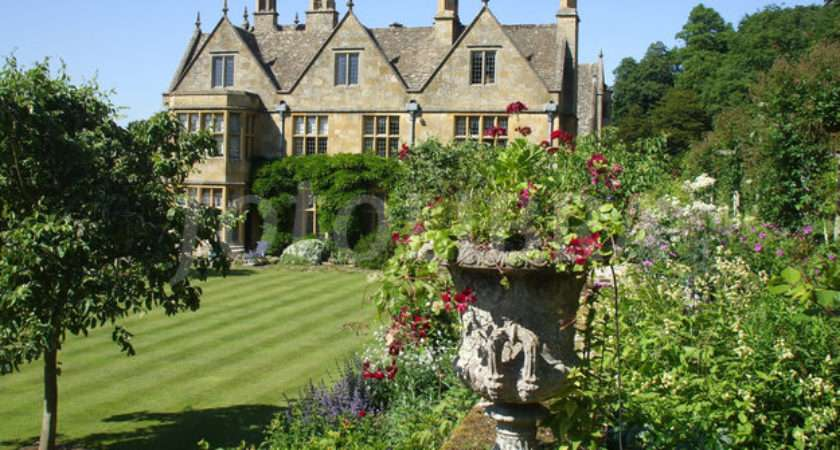 Cotswold Stone Country House Gardens