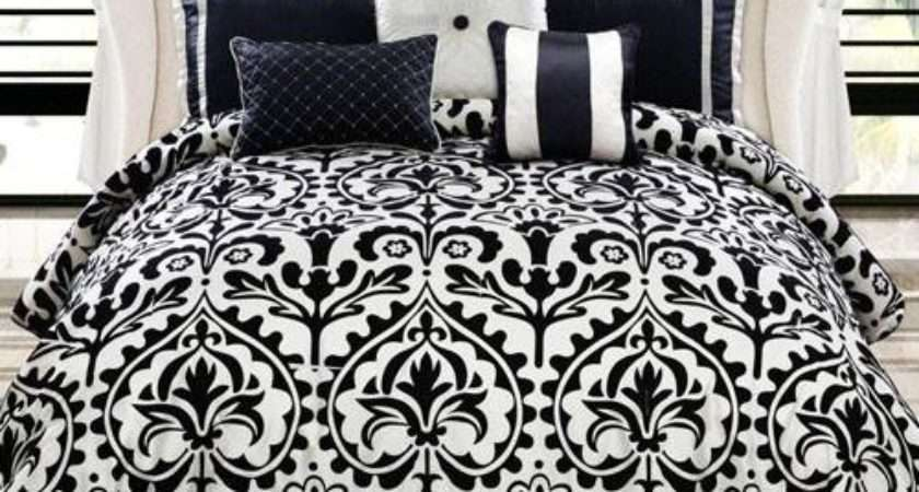 Country Manor Concord Medallion Piece Comforter Set