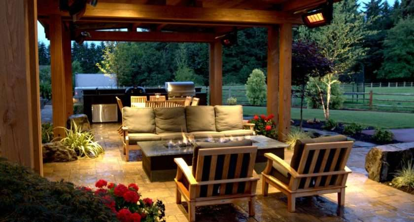Cozy Country Style Patio Fire Pit Hgtv