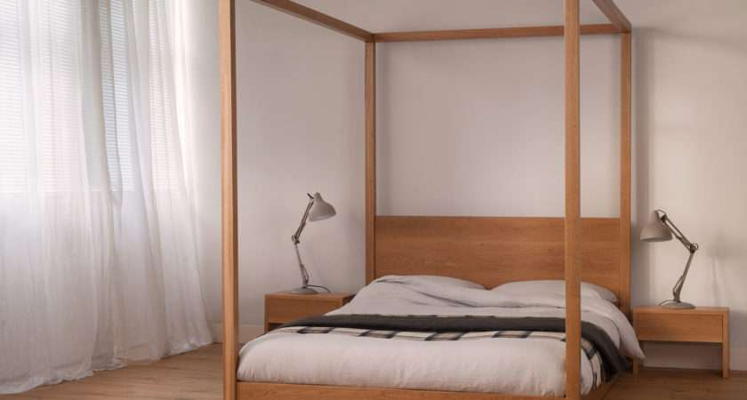 Cube Modern Four Poster Bed Solid Wood Natural