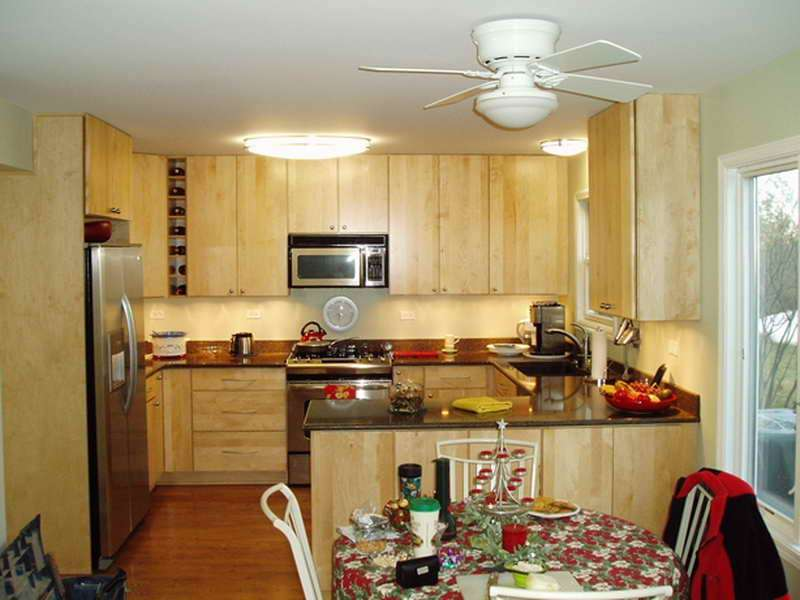 Decorate House Small Kitchen Your