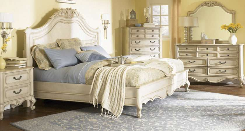 Decorate Your Bedroom Vintage Style Becoration