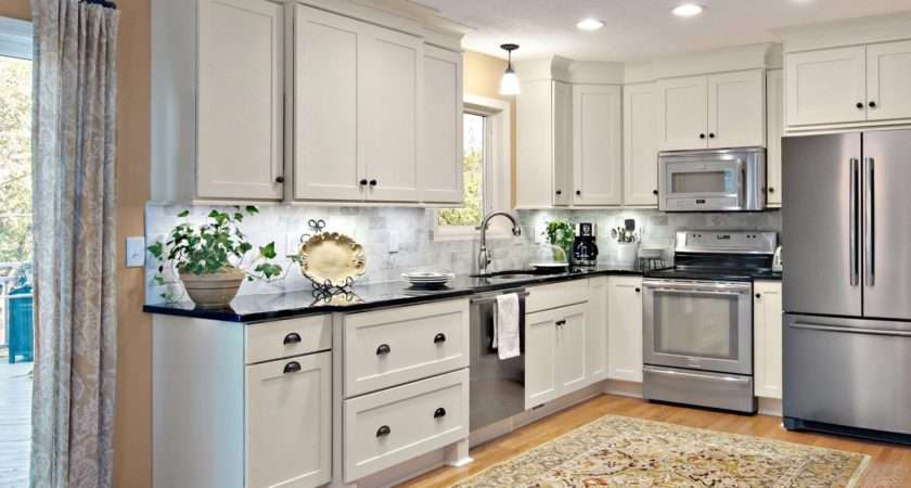Decorate Your Kitchen Cabinets