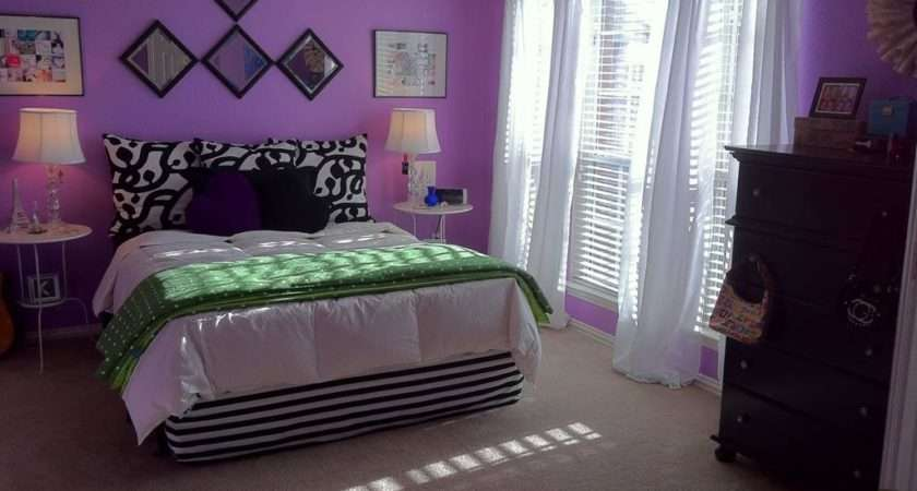Decorating Wall Bedroom Ideas Beatiful Purple
