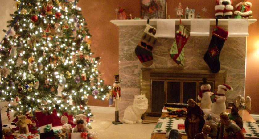 Decorating Your Kitchen Christmas Dining Room