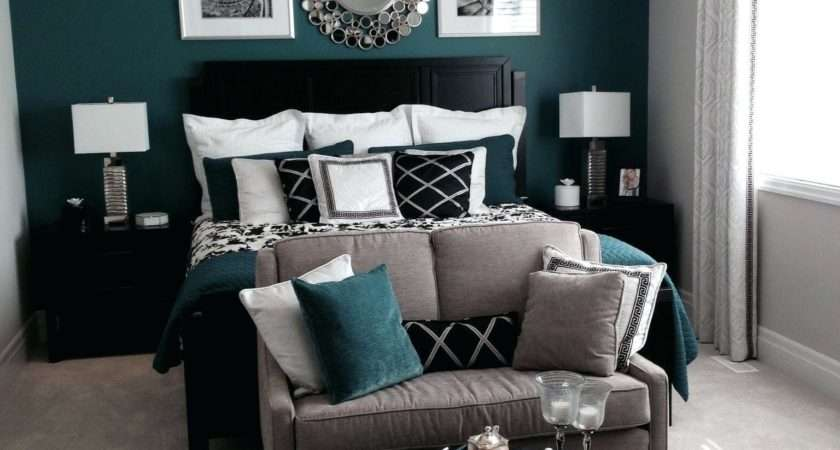 Decoration Teal Accent Wall