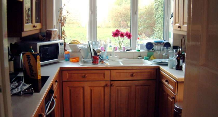 Design Small Kitchen