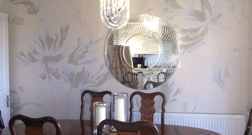Dining Room Feature Wall Artistic Touch