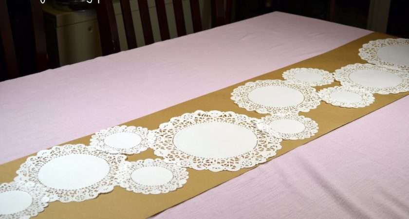 Diy Don Quickie Tutorial Doily Table Runner
