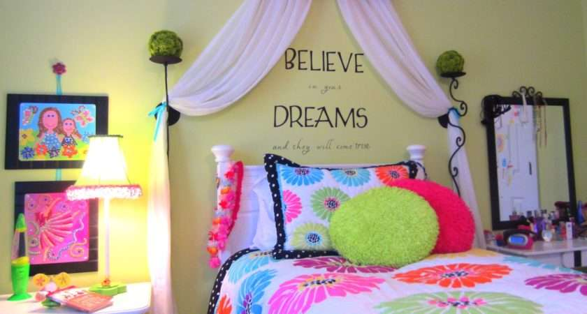 Down Earth Style Tween Girl Room