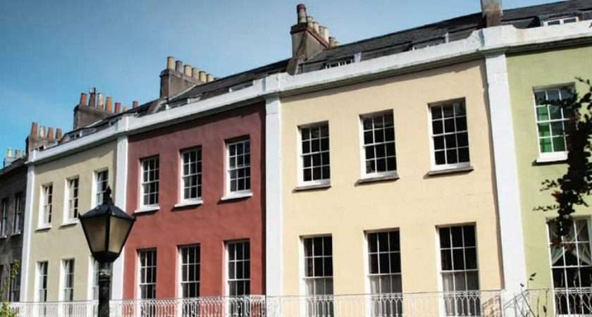 Dulux Trade Weathershield Range Products Offer