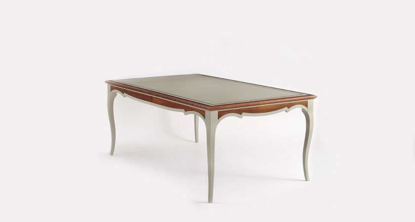 Etien Dining Table