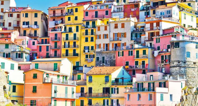 Europe Most Colourful Towns Features Norwegian