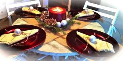 Everyday Donna Christmas Table Setting