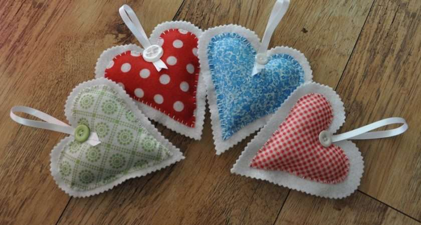 Felt Heart Decoration Tutorial Gembelina