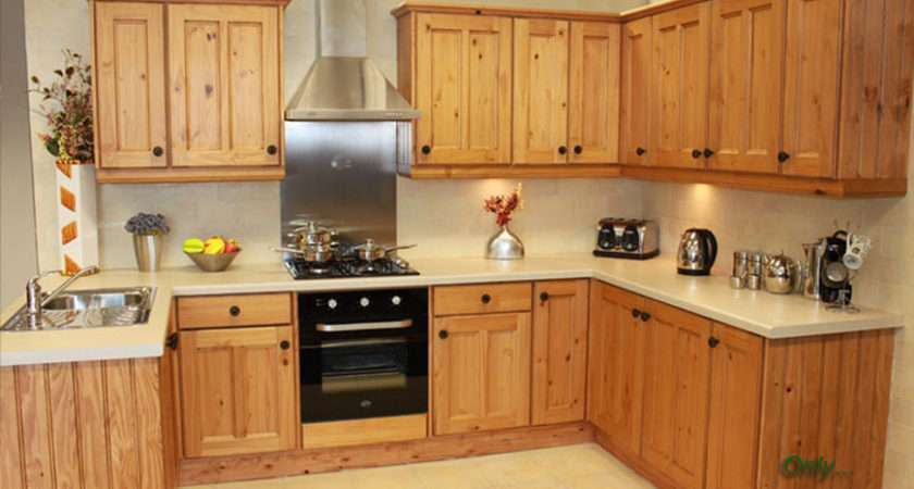 Fitted Kitchen Operated Factory