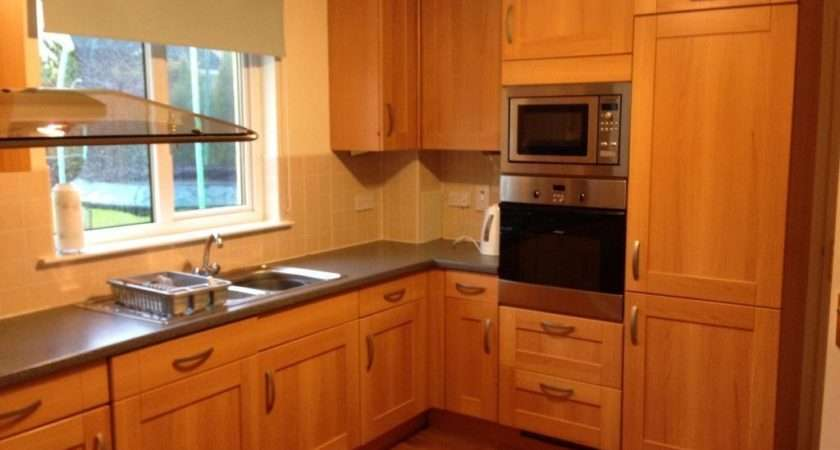 Fitted Second Hand Kitchen Incl Appliances Salegood Condition