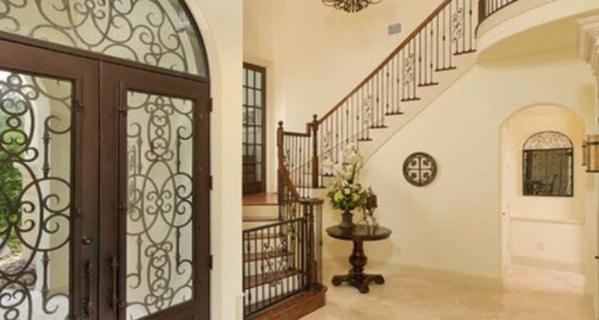 Focusing Making Most Your Entrance Hall