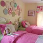 Girls Bedroom Not Huge Room Think