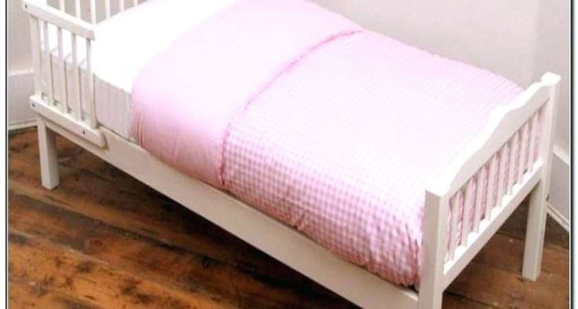 Girls Pretty Pink Patchwork Toddler Bed