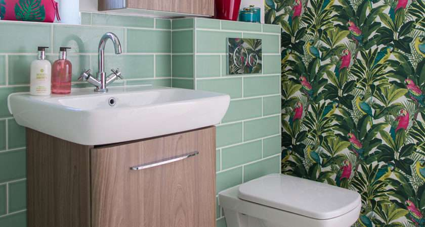 Green Bathroom Makeover Tropical