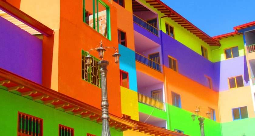 Guatap Colourful Town Colombia Beyond Blighty