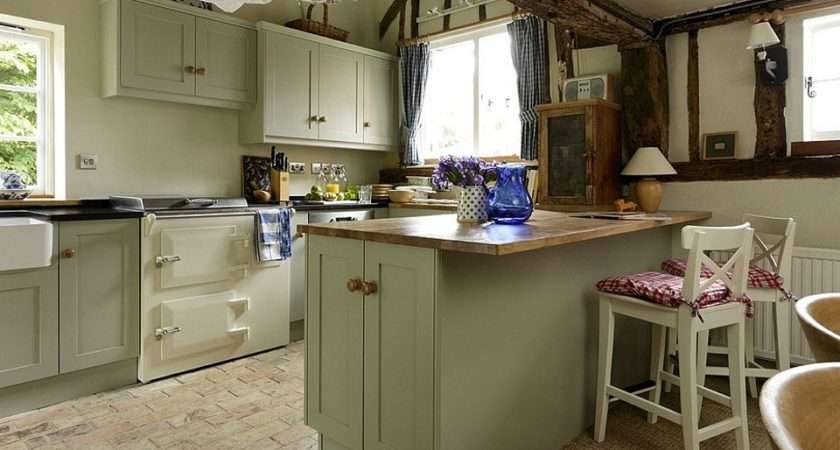Handcrafted Silkwood Bespoke Kitchens Fitted Furniture