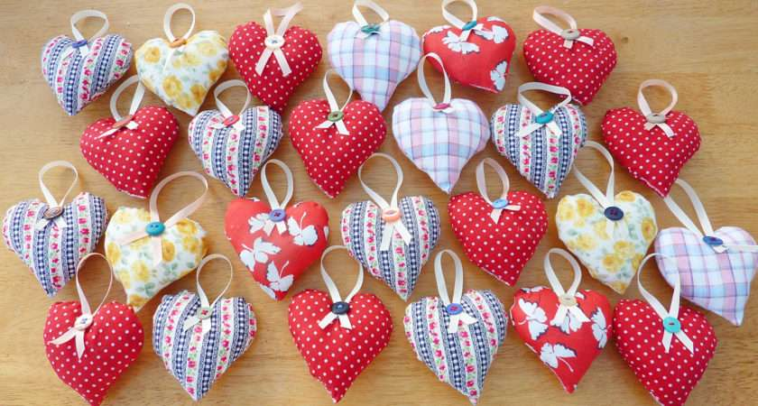 Hanging Heart Decorations Luulla