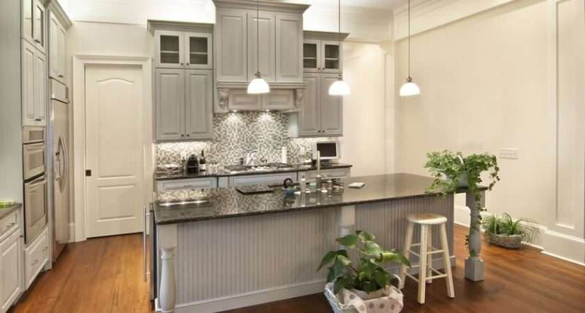 Has Kitchens Featuring Gray Kitchen